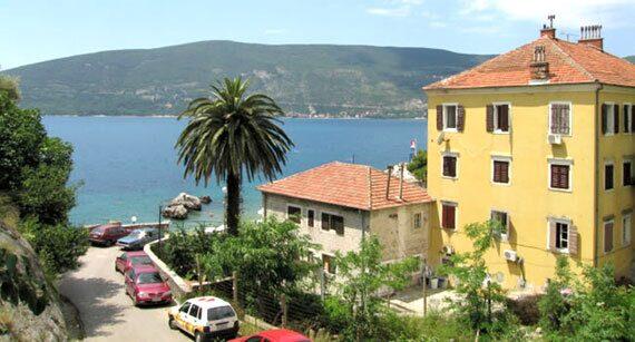 Картинки по запросу Недвижимость в Черногории